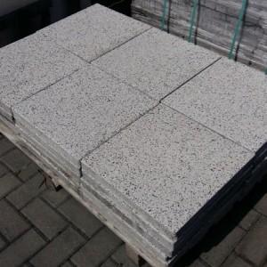 płytki tarasowe o kształcie kwadratu